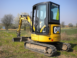 Caterpillar 303C CR – Pásový minibagr